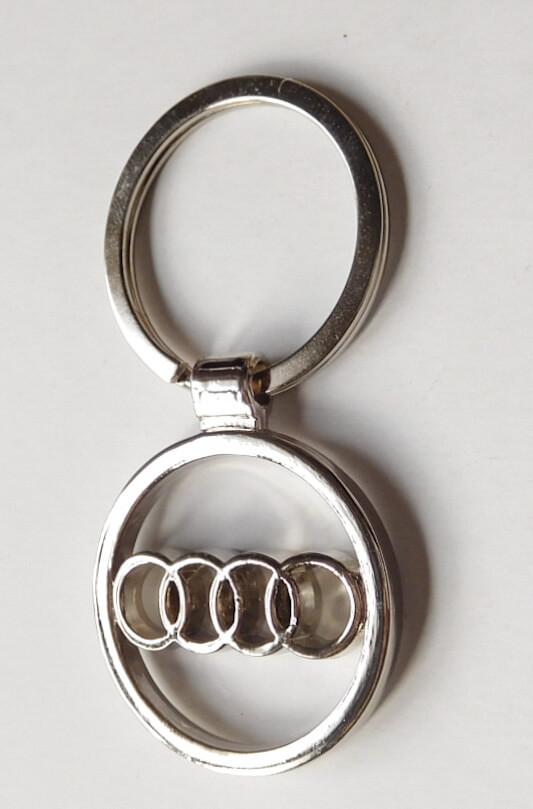 Audi kulcstartó