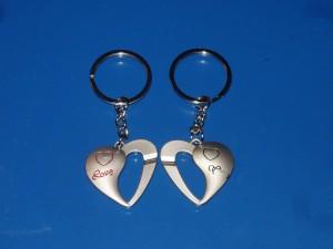 Szerelem kulcstartó, két szív