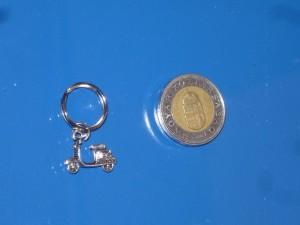 Vespa mini kulcstartó