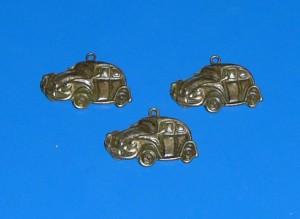VW Volkswagen Bogár kulcstartó bronz színben