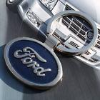 Ford kétoldalas kulcstartó