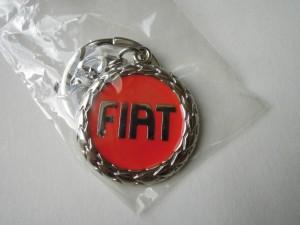 Fiat kulcstartó piros
