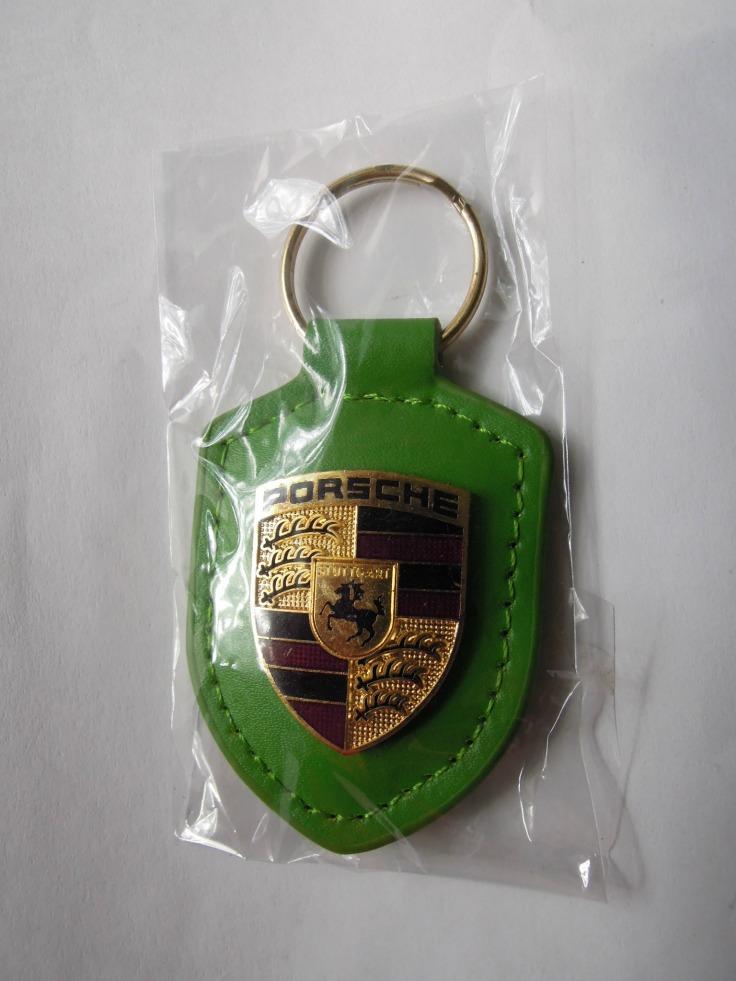 Porsche kulcstartó zöld