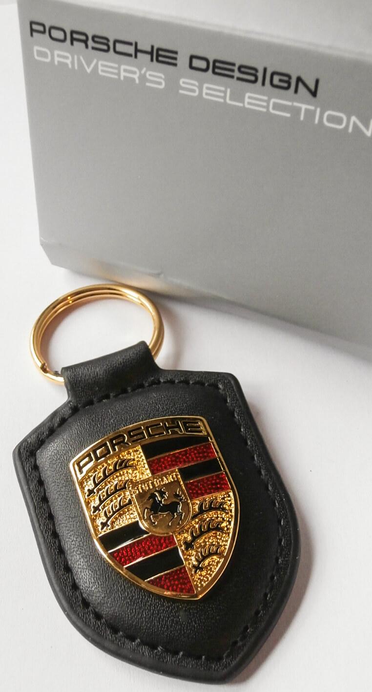Porsche kulcstartó fekete