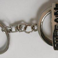 Nissan kulcstartó
