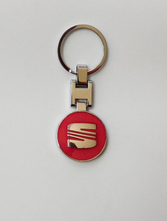 Seat kulcstartó piros kétoldalas