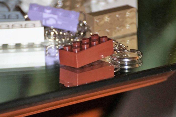 LEGO kulcstartó- barna