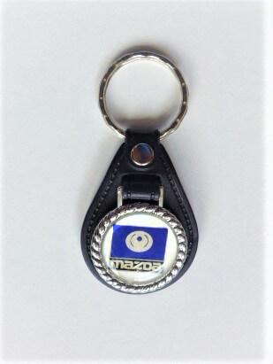 Mazda kék vintage kulcstartó