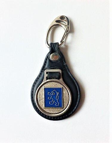 Peugeot kék vintage kulcstartó